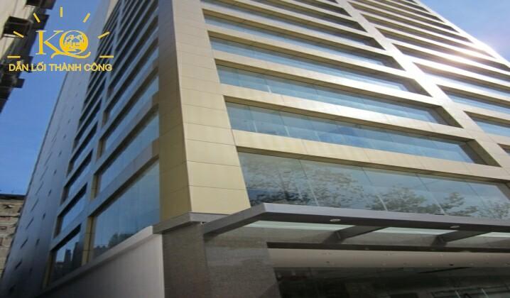 toàn cảnh tòa nhà Maritime Bank Tower