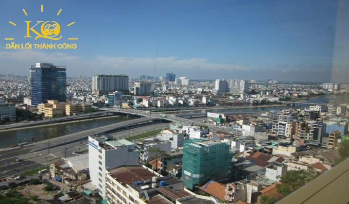 view nhìn ra sông Sài Gòn - Đại Lộ Đông Tây
