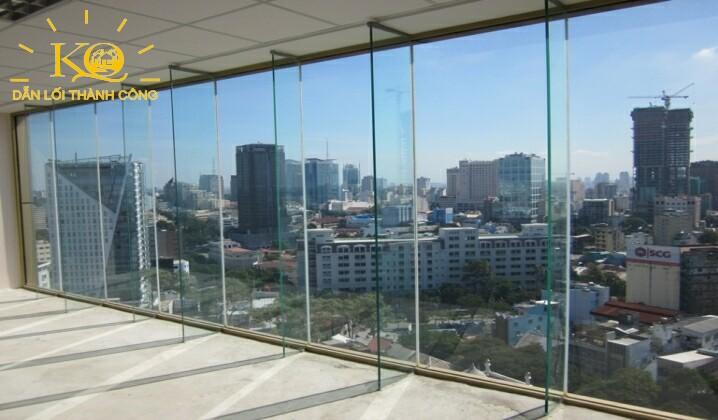 view nhìn từ bên trong tòa nhà Maritime Bank Tower