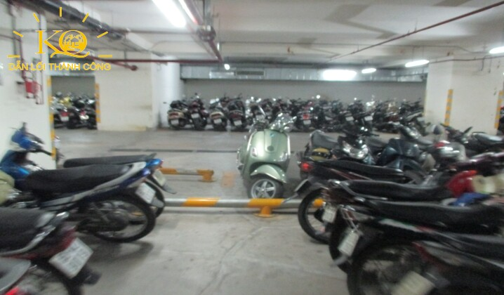 Tầng hầm gửi xe